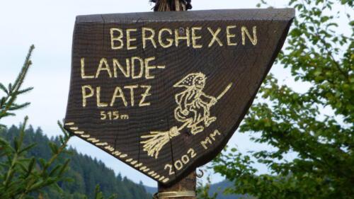 Berghexenlandeplatz